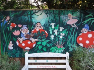2012 1667-smaller-fairygardenmural